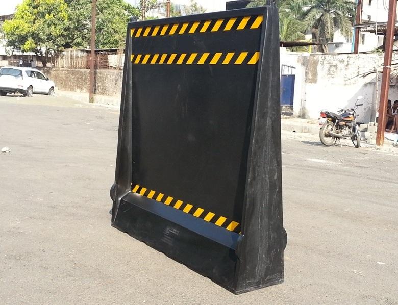 Metro Barriers